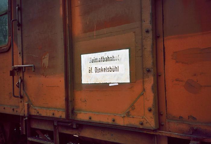 Aufschrift am Güterzug-Begleitwagen