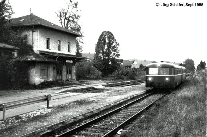 Schienenbus des BEM 1988 in Martkoffingen