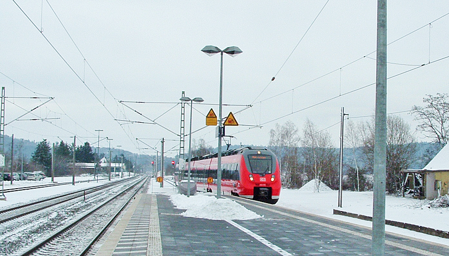 "S-Bahnzug ""Dombühl"" am 18.12.17 in Dombühl"