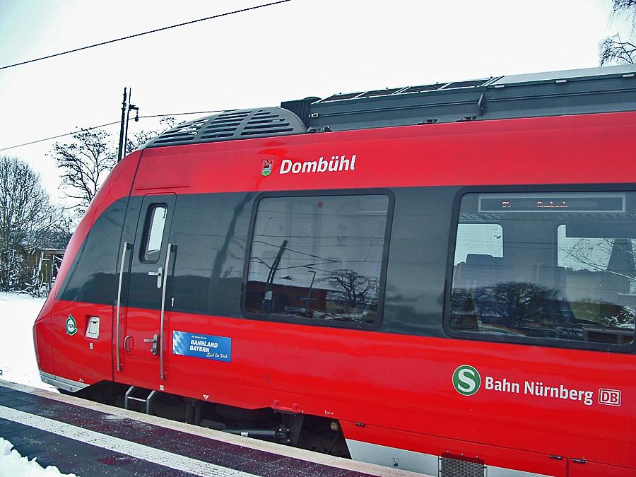 S-Bahnzug am 18.12.17 Dombühl