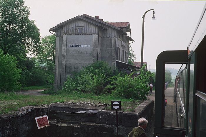 Sonderzug am 14. Mai 1985 Abschiedsfahrt Halt Schopfloch