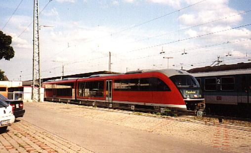 BR 642 in Ansbach Sommer 2001