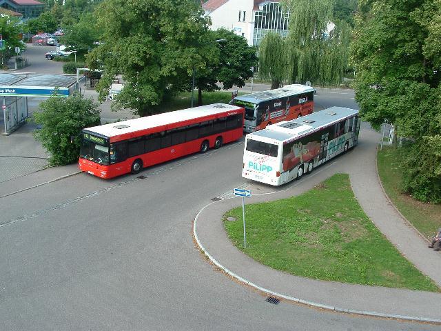 Blick auf den Bahnhofsvorplatz Juli 2012