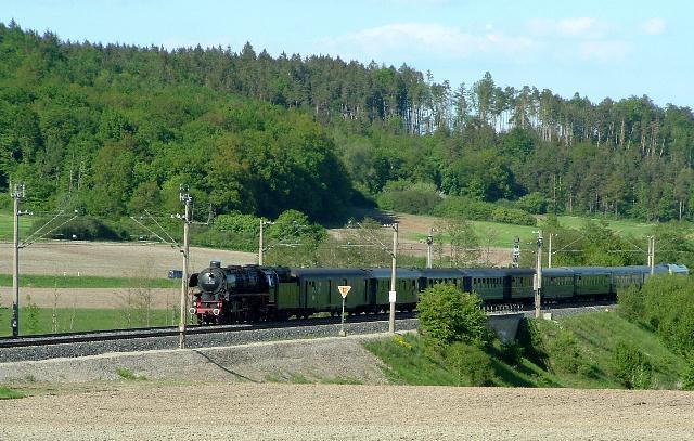 Einfahrt 01 1066 in Dombühl - 12.5.08