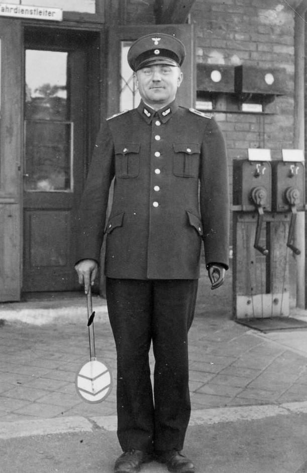 Fahrdienstleiter Hans Schnabel