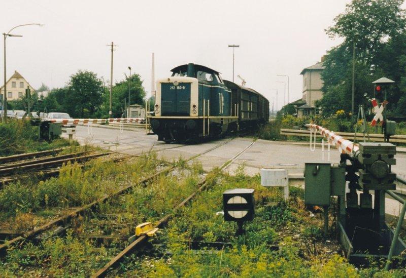 212er mit ÜG Ausfahrt Feuchtwangen 1987
