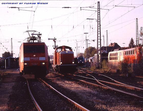 152 112-9 mit 212 100-2 und 185 524 in Nördlingen