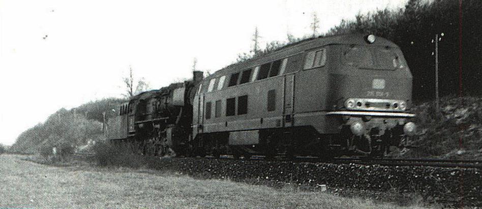 Lz mit 215er Bw Ulm bei Leutershausen