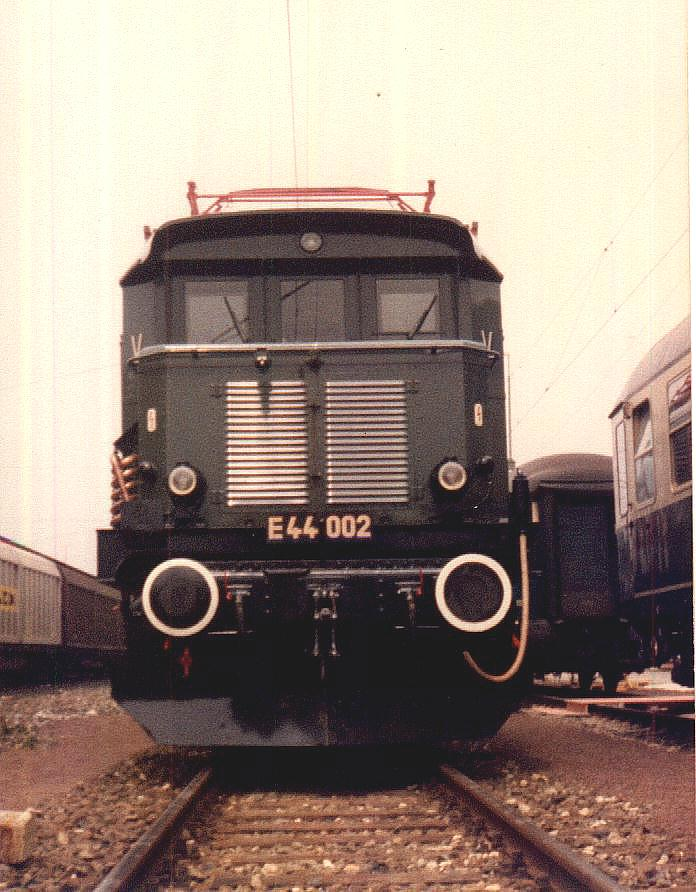 E 44 002 Crailsheim Mai 1985