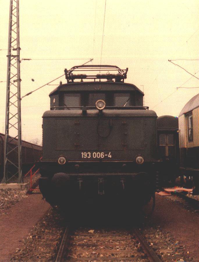 193 006-4 im Mai 1985 Ausstellung Crailsheim