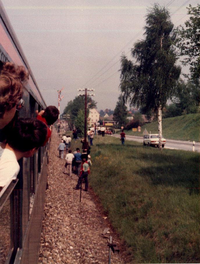 Einfahrt des Sonderzuges n Dinkelsbühl am 18,5,1985