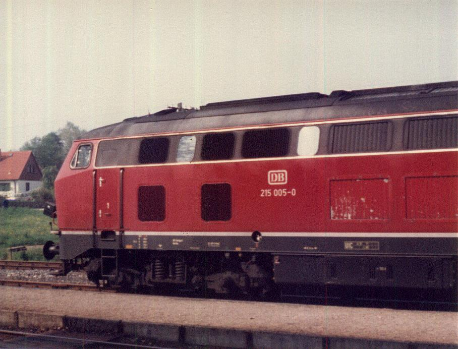 215 005-0 am 18.5.1985 in Feuchtwangen
