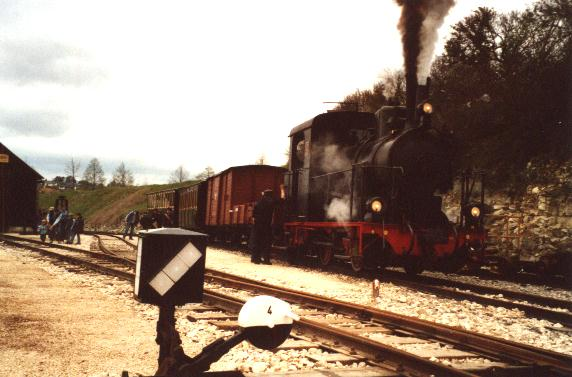 """Das """"Schättere"""" abfahrbereit 2002 in Neresheim"""