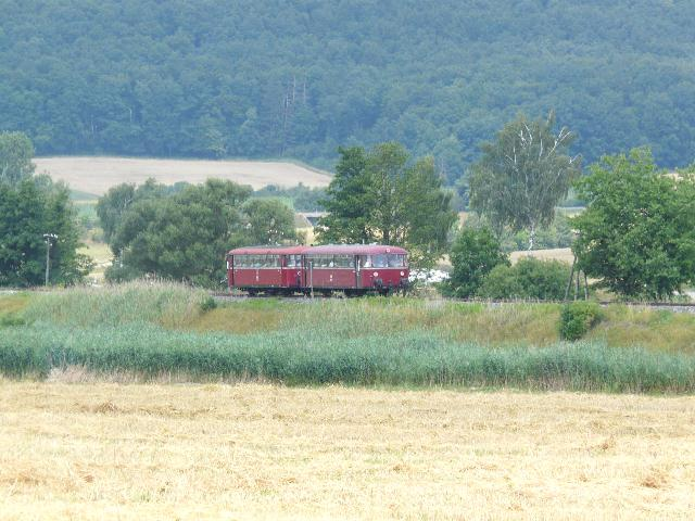 VT 98 Pfalzbahn bei Bortenberg am 27.7.2008