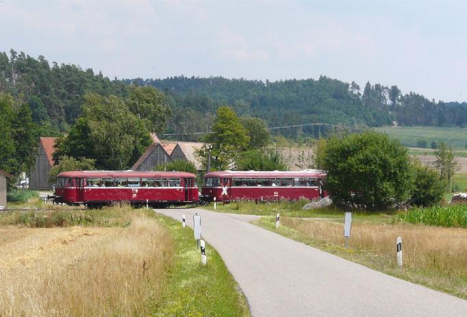 VT 98 Pfalzbahn BÜ Bortenberg am 27.7.2008