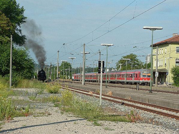03 2295-8 und RE aus Stuttgart in Dombühl am 20.6.09
