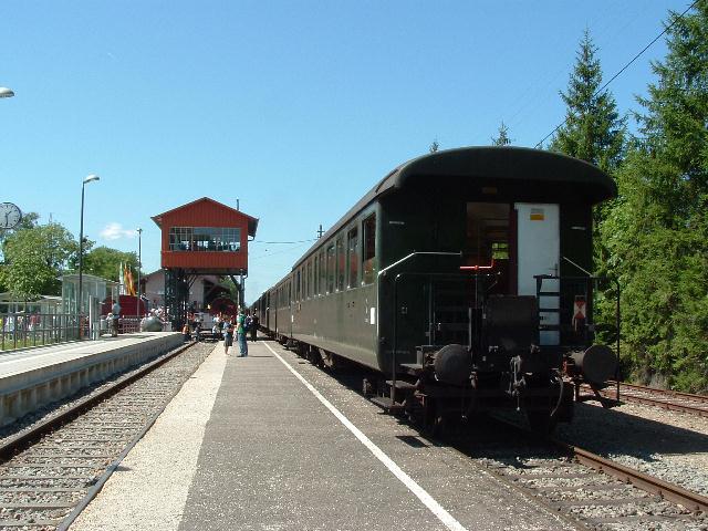 Abfahrbereiter Museumszug in Zollhaus-Blumberg 15.08.09