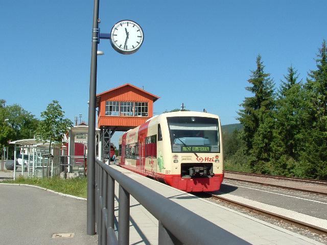 Zollhaus-Blumberg Triebwagen der HzL 15.08.09