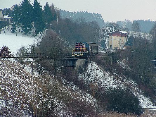 V 350 001 mit Bahnhof Schopfloch