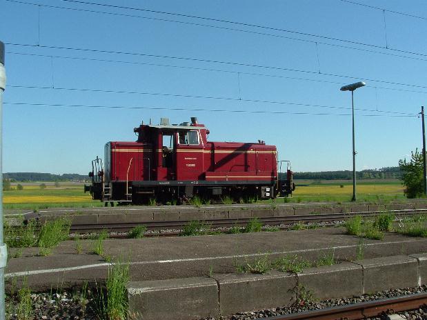 V60 860 auf Gleis 4 in Dombühl - 28.5.08
