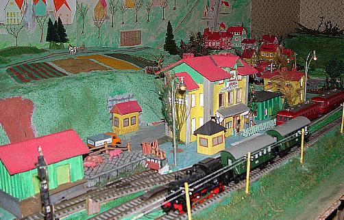 Güterhalle mit Bahnhof Schopfloch