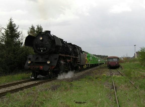 41 1150-6 im ehem. Bahnhof Wilburgstetten - Mai 2005